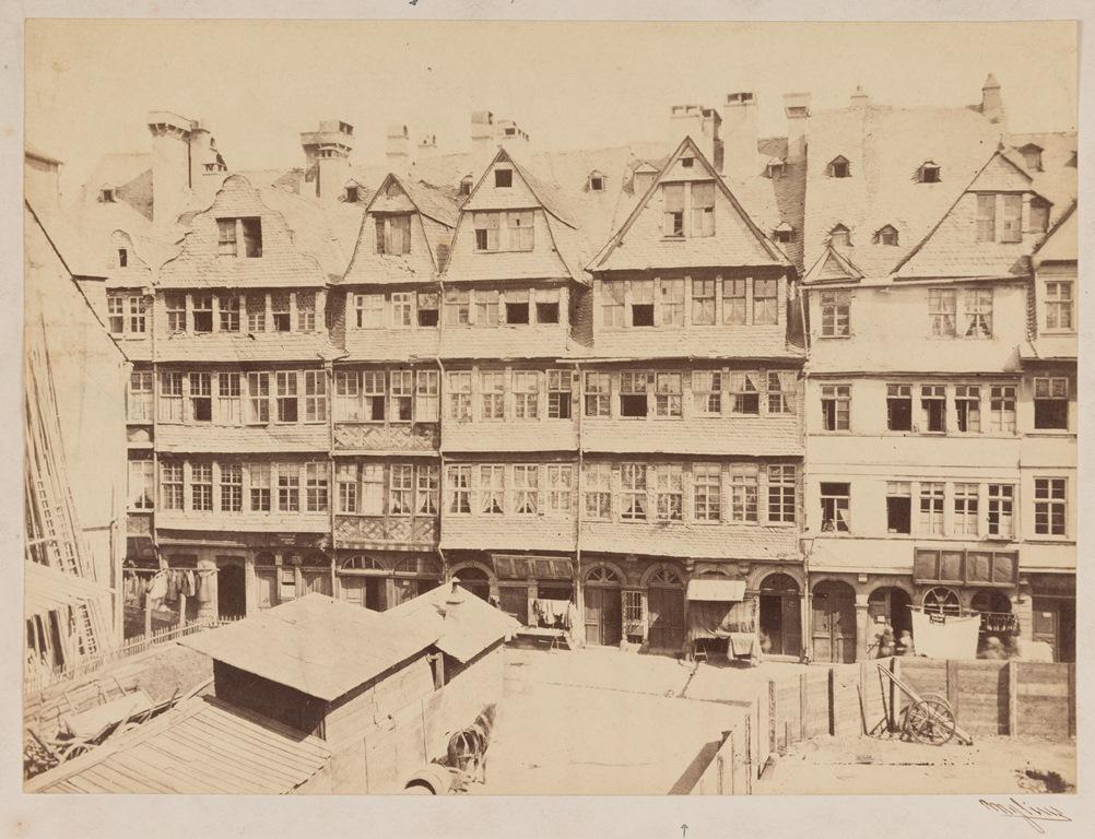 Judengasse von Westen her mit Rothschildschem Geburtshaus © HMF, Horst Ziegenfusz